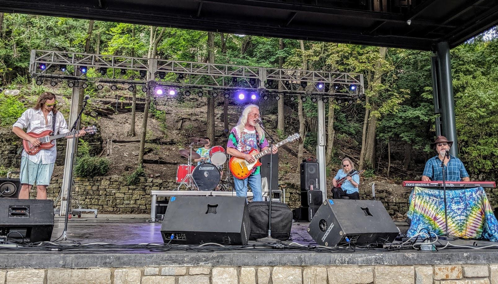 Terrapin-Moon-8-17-2019-Veterans-Park-Amphitheater-2